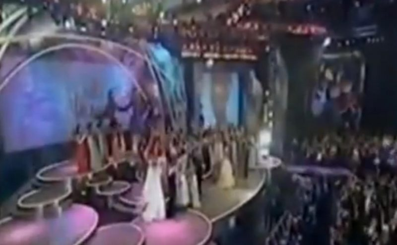 Miss Universe 1999 Bkgrd